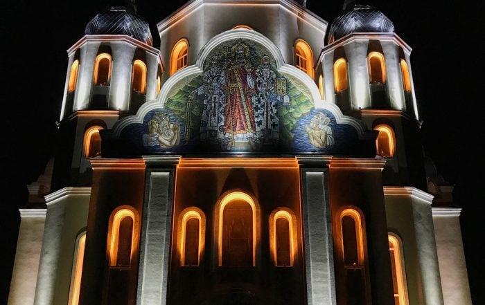 Архтектурне освітлення церкви Володимира Великого .JPG