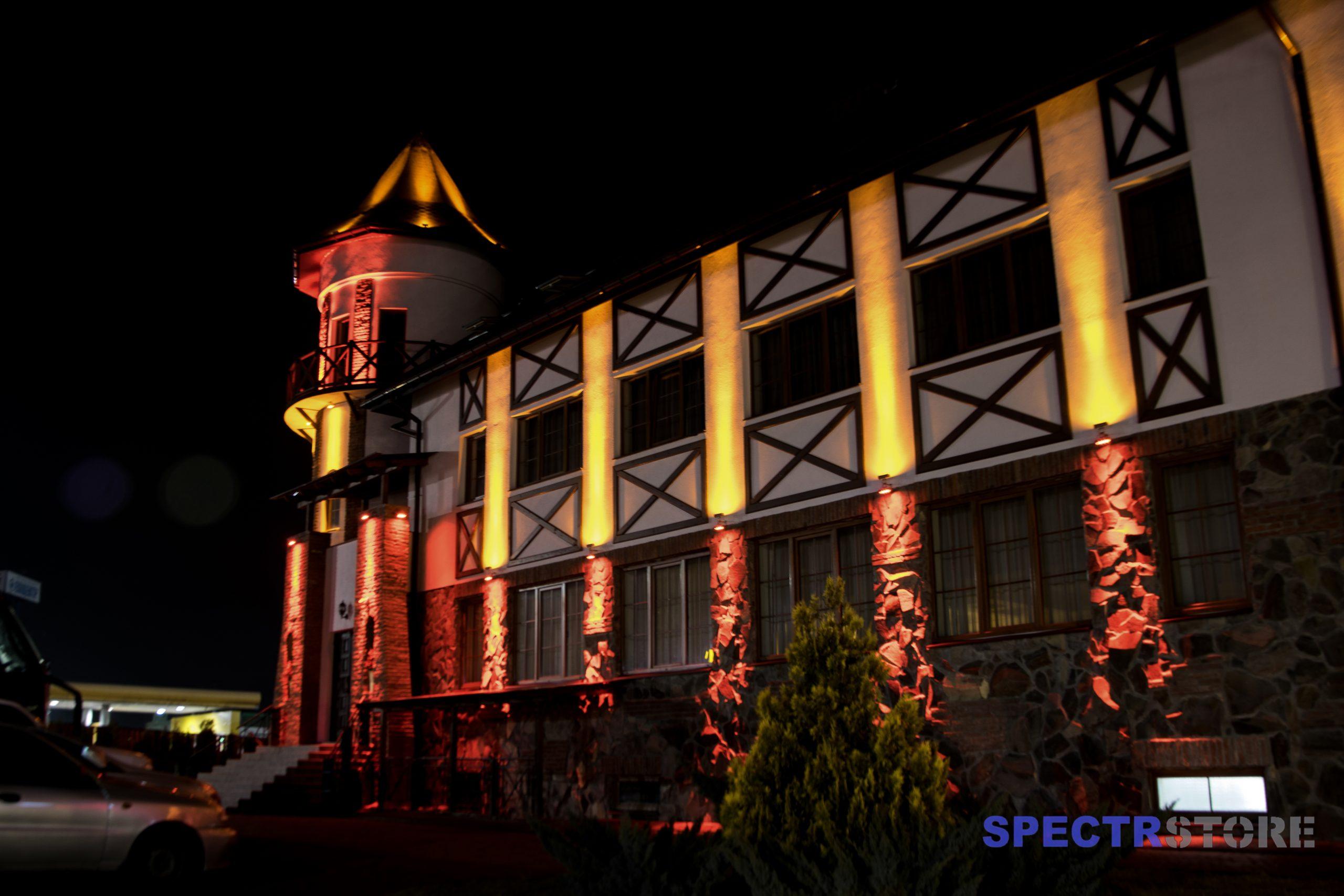 """Зовнішнє освітлення готелю """"Відень"""""""